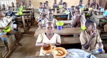Fourniture de repas aux écoliers (Projet cantines scolaires)