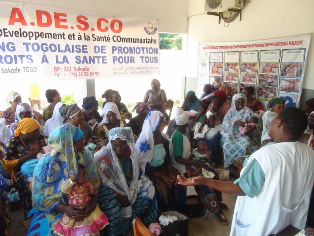 Séance de causerie éducative avec les femmes allaitantes